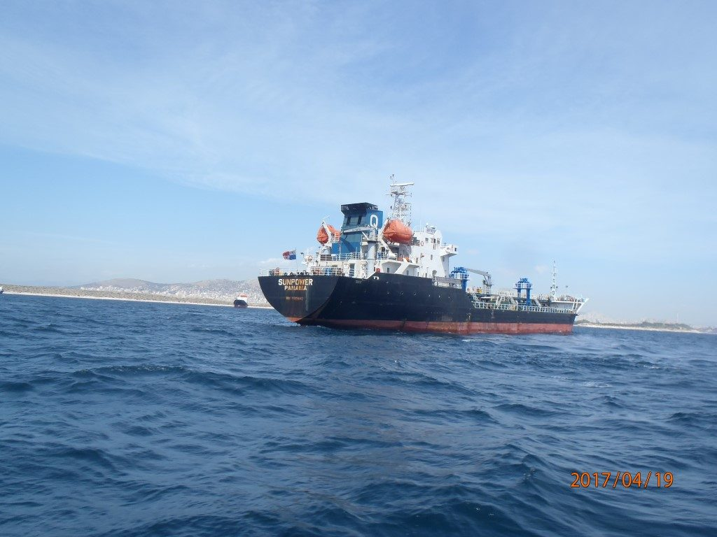 Underwater (UW) Hull Cleaning & Propeller of Sunpower at Piraeus anchorage