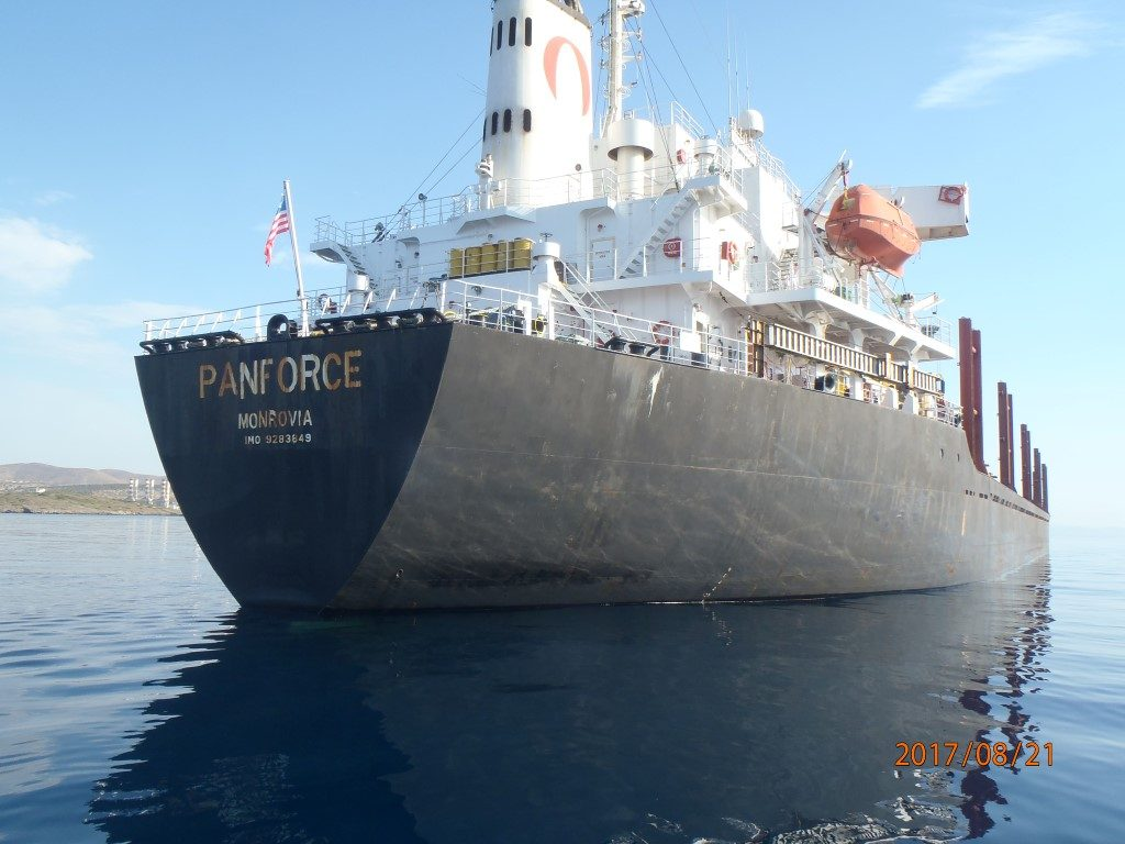 Underwater Hull Cleaning & UW fitting of anodes of PANFORCE
