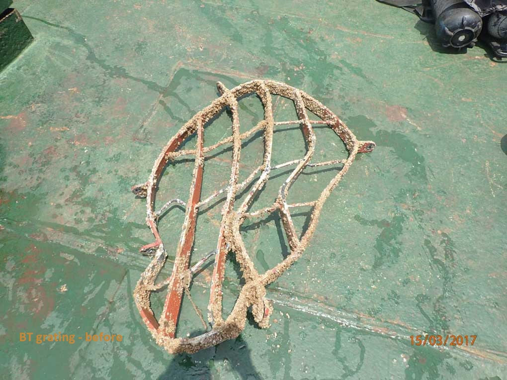 Underwater-bow-thruster-repair