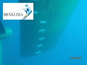 Underwater installation of anodes and hull cleaning Lavrio BEVALDIA