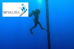 Underwater anchor chain recovery Lome Piraeus worldwide BEVALDIA