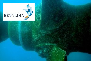 Underwater propeller cleaning polishing Lome Piraeus worldwide BEVALDIA