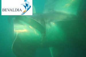 IN WATER HULL CLEANING AND PROPELLER POLISHING AND PHOTO INSPECTION IN BALBOA PANAMA (BEVALDIA PSOMAKARA) 2